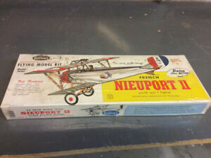 GUILLOW'S VINTAGE NIEUPORT MODEL AIRPLANE KIT