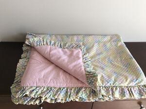 Pretty Reversible Crib Set - Yellow/Pink/Green/Light Blue/White