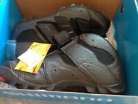 Shimano sh-am31 cycling boots new size 9