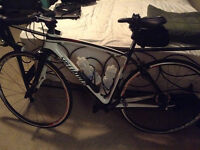 Specialized full carbon roubaix