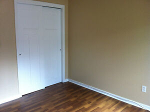 RENOVATED 2 BEDRM: NORTHEND HALIFAX-NOV 1
