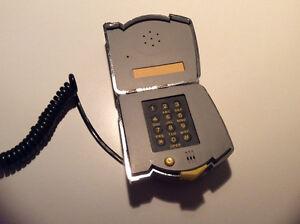 """Pied de roi """"téléphone """" Saguenay Saguenay-Lac-Saint-Jean image 2"""