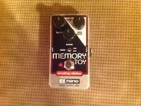 Memory toy effects pedal electro HARMONIX boxed.