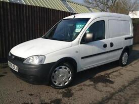 Vauxhall Combo 1.3CDTi 16v 2000....ONLY 64,000 Miles.....