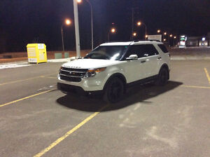 ----(2011 Ford Explorer Limited)-----