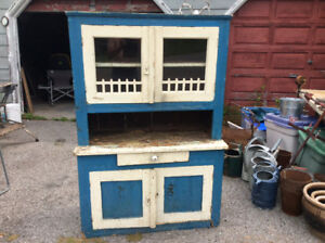 ANTIQUE SMALLER FOLKY PINE FLAT TO THE WALL CUPBOARD