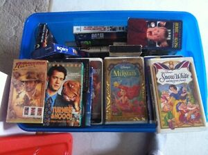 Aprox 60 VHS Disney and Family Fav's