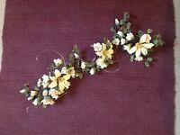 Sugar flowers : for a cake or wedding, etc