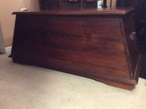 Solid wood Storage chest / coffee table