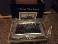 "7"" Digital photo frame from Argos, never been used"