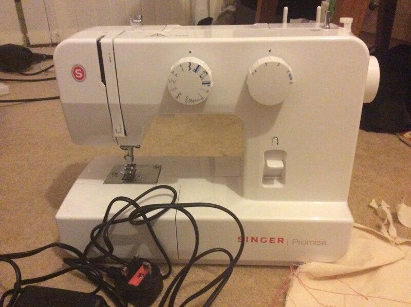 Singer promise 1409 perfect working order RRP £100