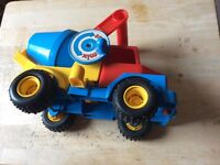 Toy lorry cement mixer with knobbly tyres £2