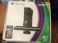 Xbox 360 4gb + games and 2 controllers.