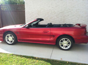 1998 Ford Mustang Convertible GT 4.6 L V8