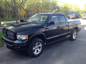 2005 Dodge Power Ram 1500 Black Pickup Truck