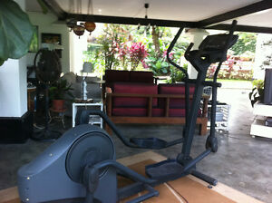 Life Fitness X3 Elliptical Machine Commercial Gym Quality!
