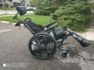 "Dynamic Tilt IBIS Wheelchair 18""x18"" with ROHO Cushion"