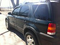 2004 Ford Escape XLT SUV  NO ACCIDENT  PERFECT WINTER