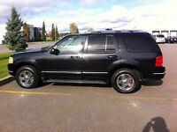 2003 Ford Explorer limited    Seulement 138000km