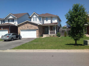 Beautiful House for Rental - Near UOIT / Durham College