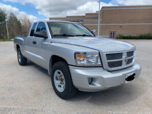 2008 Dodge Dakota SXT 86 000km