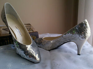 Two pairs of very nice women's shoes size 9.5