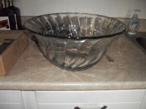 Glass Punch Bowl with 8 Glasses