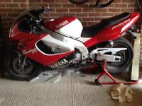 Yamaha YZF 1000 (1997) for repairs or spares