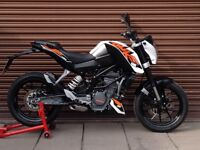 KTM Duke 125 ABS 2015 Only 5479miles. Delivery Available *Credit & Debit Cards Accepted*