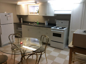 Furnished 2bdrm with great weekly and monthly discounts Kingston Kingston Area image 2
