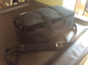 Lighting kit with carrying case  Kitchener / Waterloo Kitchener Area image 1