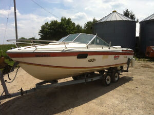 1982 Sunhatch 196 Boat With 1986 Trailer