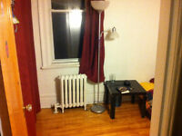 Fully furnished room NDG