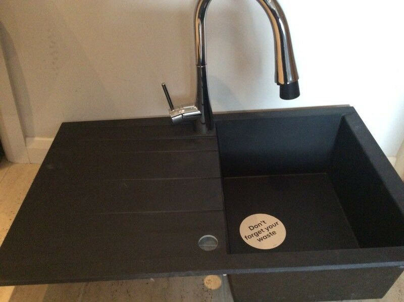Kitchen sink with tap ex display | in Moodiesburn, Glasgow | Gumtree