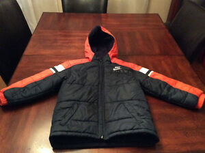 Boy's Size 7 Nike Winter Jacket