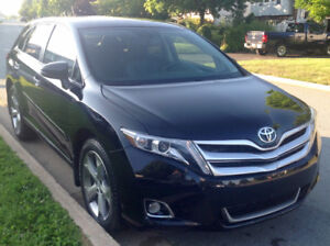 2014 Toyota Venza Limited V6 Leather Nav 36K Panoramic roof