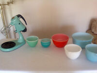 RARE FIND - VARIOUS COLORED SUNBEAM AND FIRE KING  MIXING BOWLS