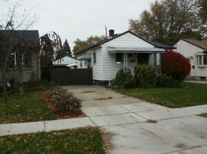 1066 EDWARD, WINDSOR ONTARIO