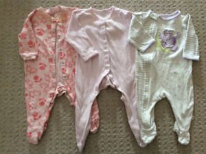Lot of girls sleepers, size 6 months