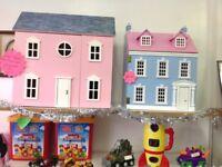 Dolls Houses (2)