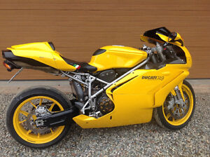 rare 2005 Ducati 749  in mint condition