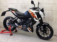 KTM Duke 125 ABS. Only 2689miles. Delivery Available *Credit & Debit Cards Accepted*