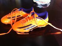 Kids soccer/rugby shoes  size 13