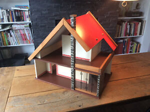 RARE Mid Century Vintage VERO Germany 60's/70's Chalet Dollhouse