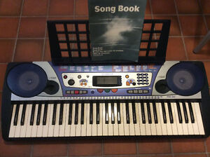 Yamaha keyboard psr260 - best offer