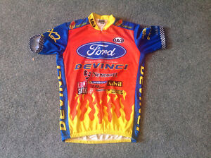 NEW....LOUIS GARNEAU....cycling jersey...size L