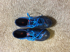 Women's Indoor Soccer Shoes Size 6