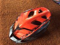 Bicycle helmet MET