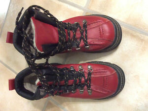 Ladies Nevada hiking boots
