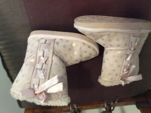 Toddler girl boots size 7